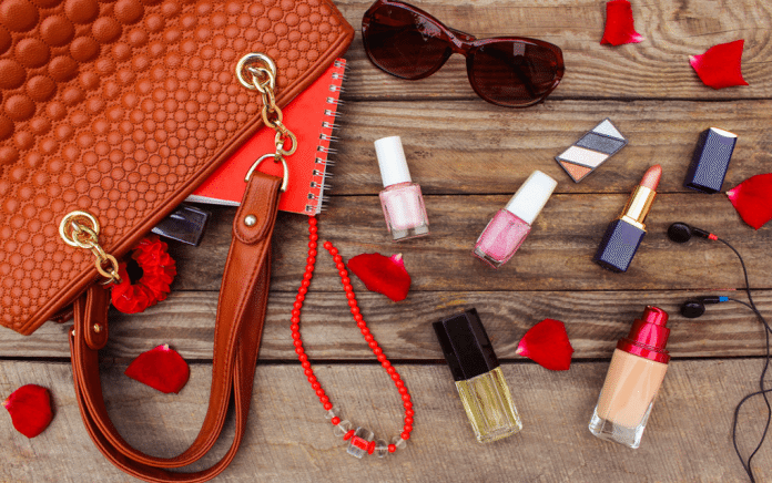 Makeup Essentials You Need in Your Bag