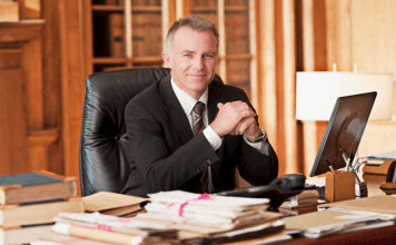 Picking the Right Family Lawyer