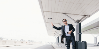 Benefits of pre-booking your airport transfer