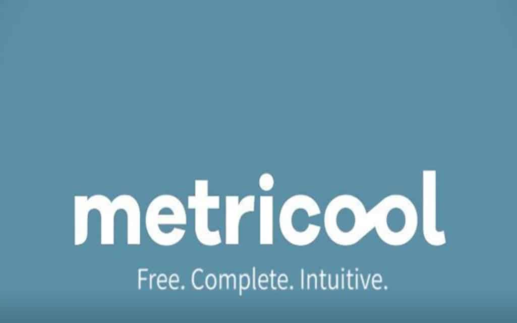 manage social media easily with Metricool