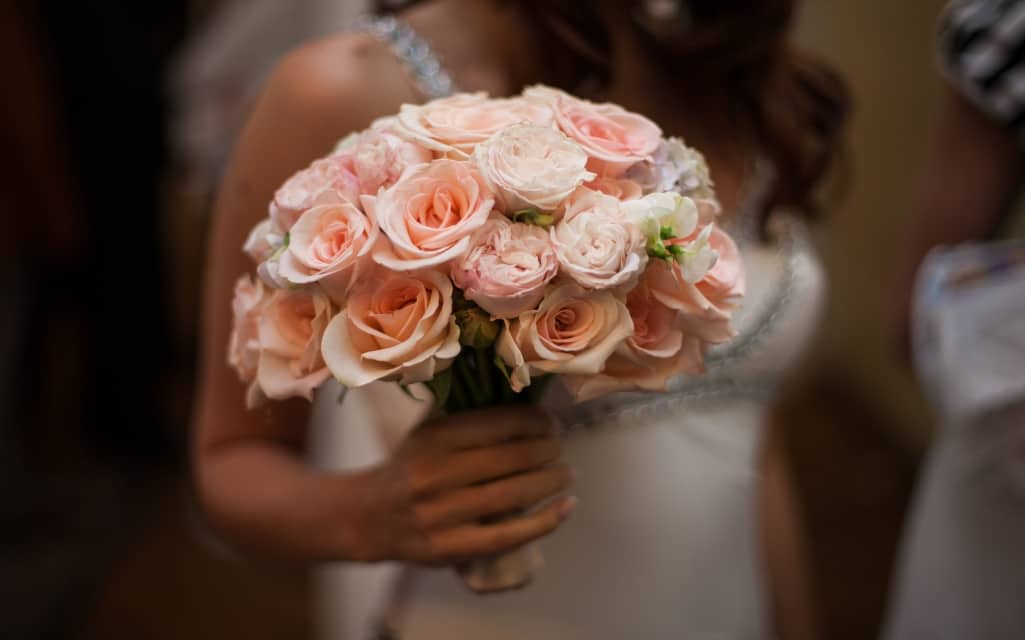 Create DIY Wedding Flowers