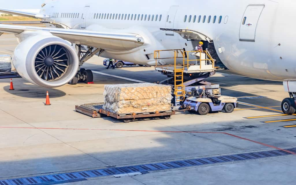 How Does Air Freight Transportation Work
